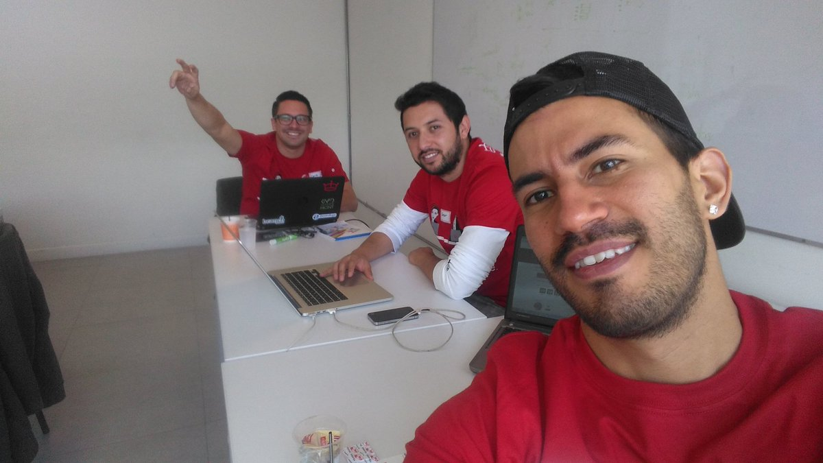 @AngelHack in 5 minutes we will start a 24 hours hacktaton about #digitalhealth in Bogota https://t.co/iruU10bpJ1