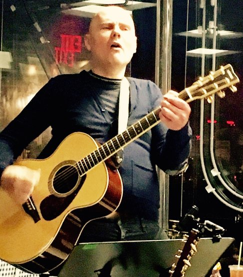 New Blog Post:  @SmashingPumpkin BILLY CORGAN - IN PLAINSONG - @ZuZusTeahouse [READ] https://t.co/1XjTPRpxWA https://t.co/VXrThPxZEp