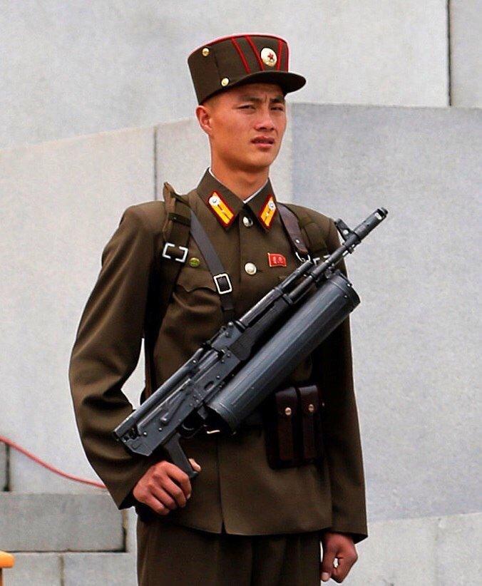 Korean People's Army: News - Page 3 CiatnI_U4AA3I7O