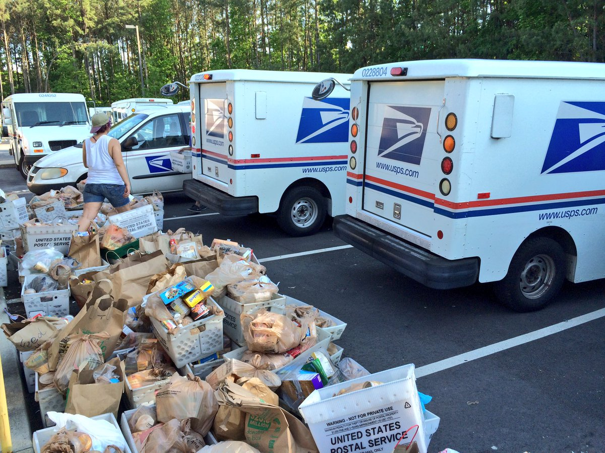 Wow! This is what it's all about y'all. Food for families in need. @NALC_National #StampOutHunger #Raleigh https://t.co/T5nzLil40s