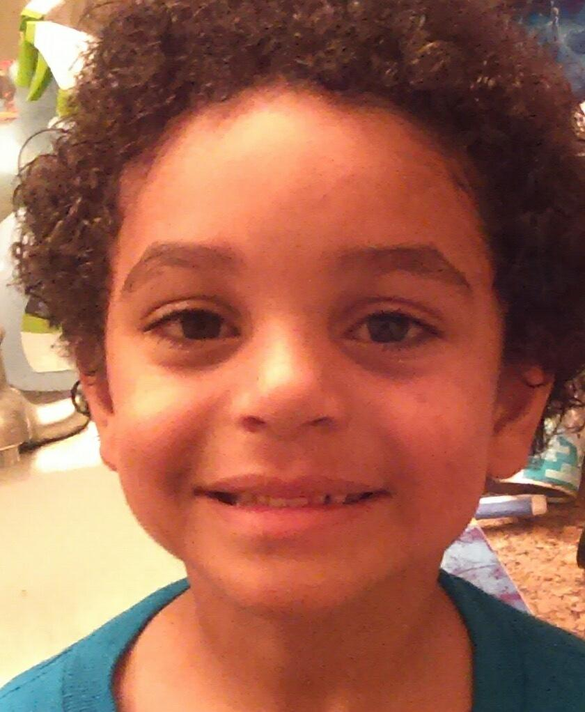 #BREAKING: @phoenixpolice looking for missing 6 y/o Cordarone Baines. Last seen near N. 16th Ave & W. Colter St.