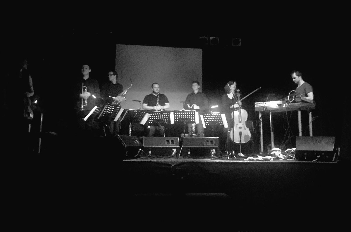Stunning gig from @Immix_Ens + Vessel in @Colston_Hall last night. Come to Ireland guys! #bristolnewmusic https://t.co/4FxXm86dHI