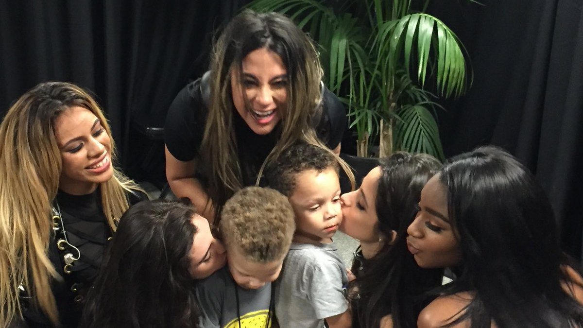 My nephews meeting their favorite artists at #WangoTango @FifthHarmony w/ Buddy & Wilson #ProudUncle #AllAccess https://t.co/TooYHZOtHD