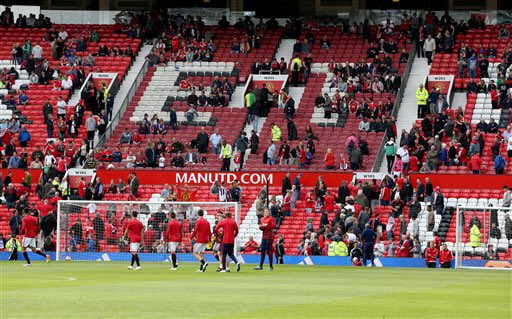 Old Trafford: Muslim bomb threat forces cancellation of Manchester United soccer game
