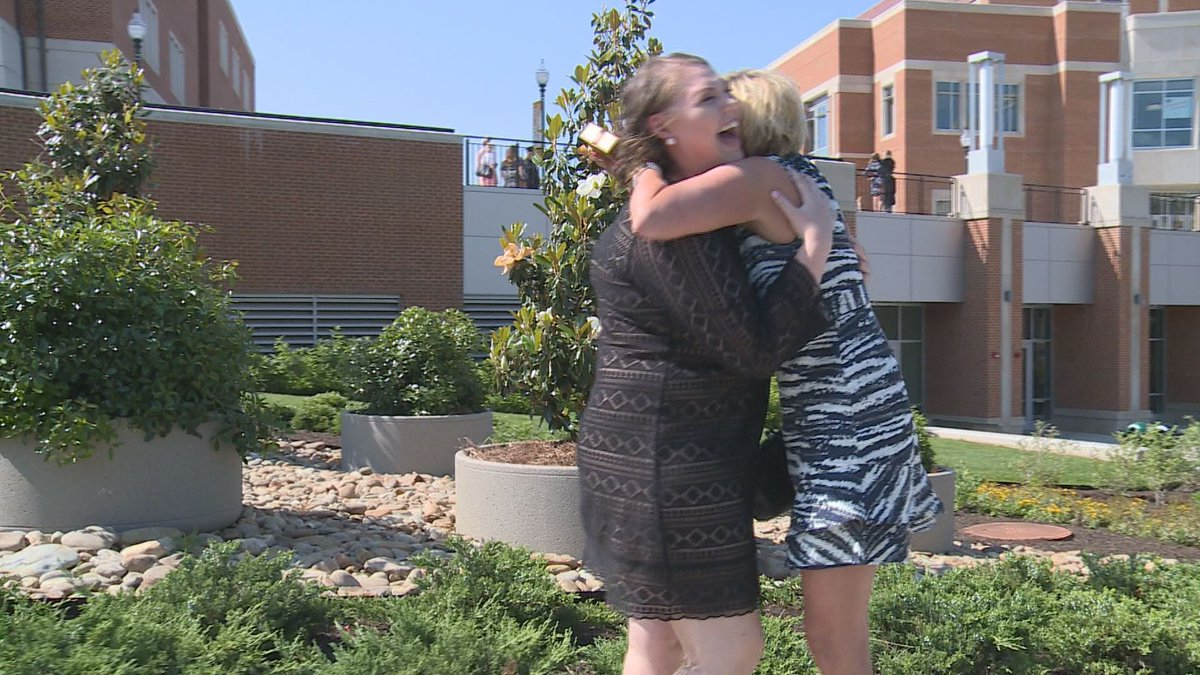 Cancer survivor meets donor moments before graduating