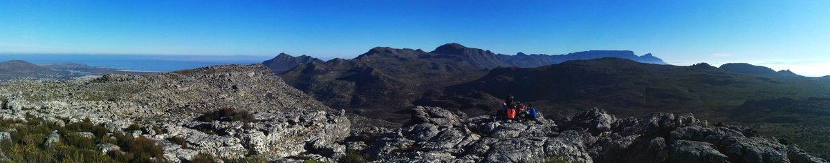 Sunday #hike in the stunning #Kalkbay #mountains #panorama #capetown https://t.co/a8fzLuSrLT