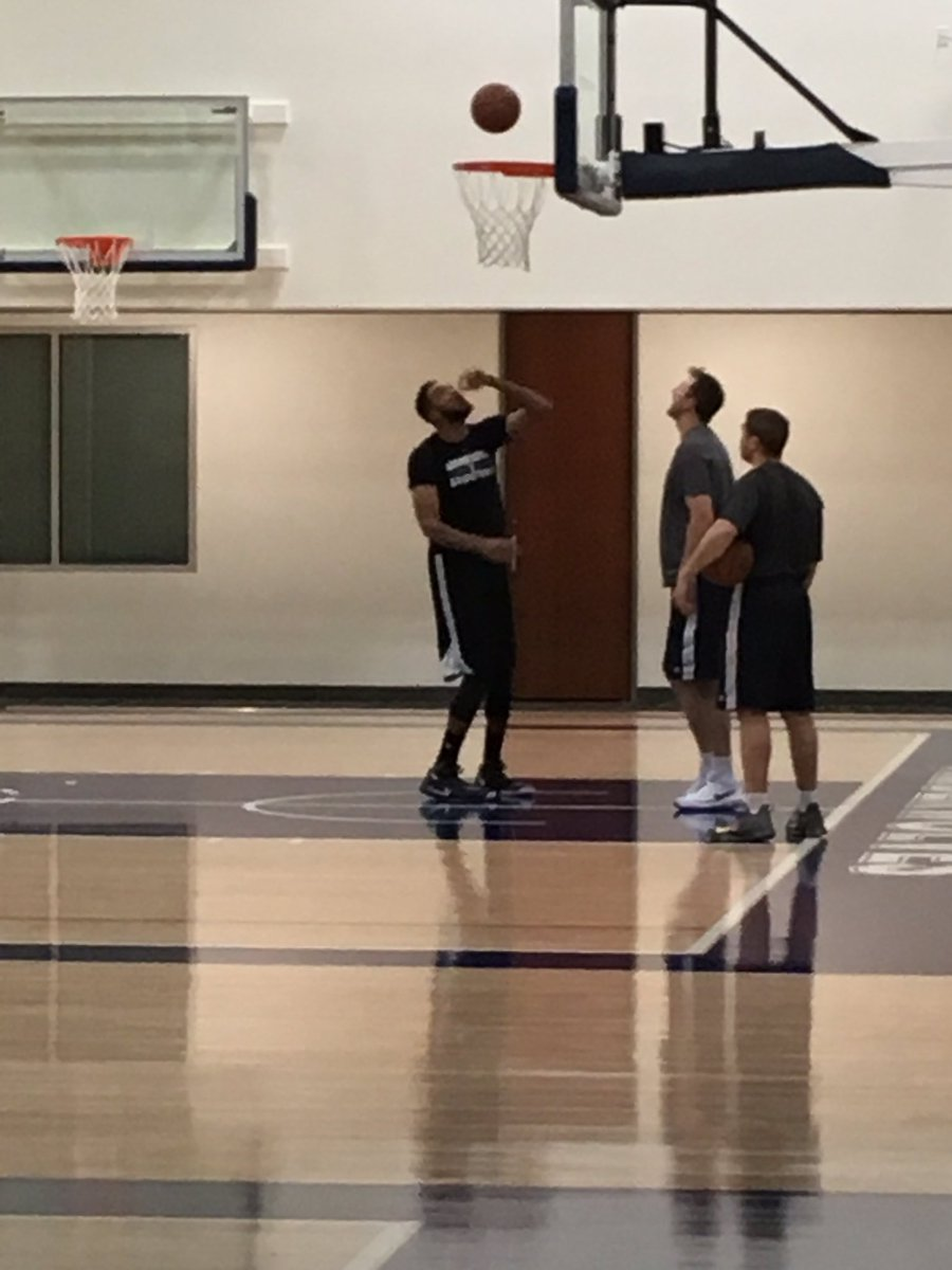 It's 7 am and guess who we found in the gym. #Twolves https://t.co/lZyduMMvu9
