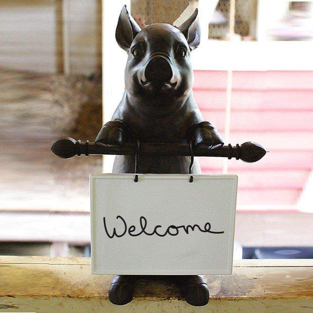 Antique Farm House On Twitter Isn T This Pig Statue W Memo Board So Adorable Great W Kitchen Decor Https T Co Cbpvz7mxz2 Homedecor