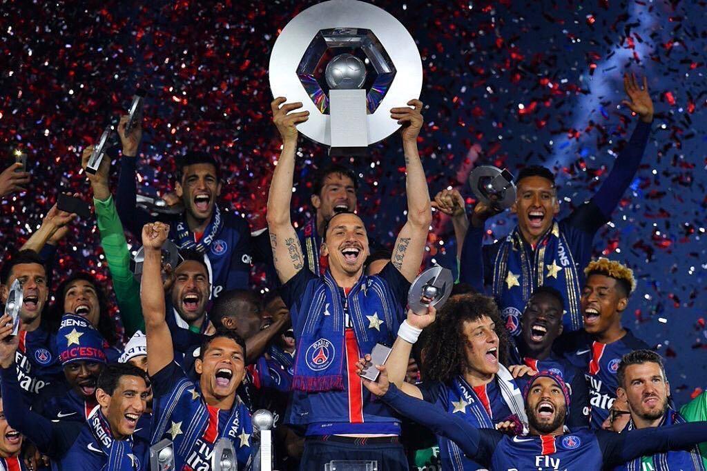 Champion  #PSG #Zlatan #MerciZlatan #Paris #Ligue1 #Hexagoal #ParcDesPrinces  http:// ift.tt/1shmZJc  &nbsp;  <br>http://pic.twitter.com/qNDUjhB0s7
