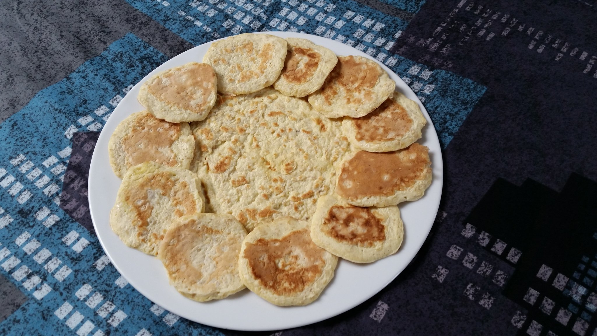 mini-pancakes-blinis-crepe