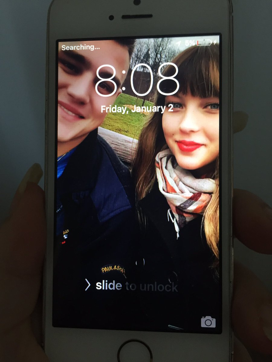 Found this iPhone at QQ/spadina in case anyone knows these people! #Toronto #iphone https://t.co/GmZtyqff2v