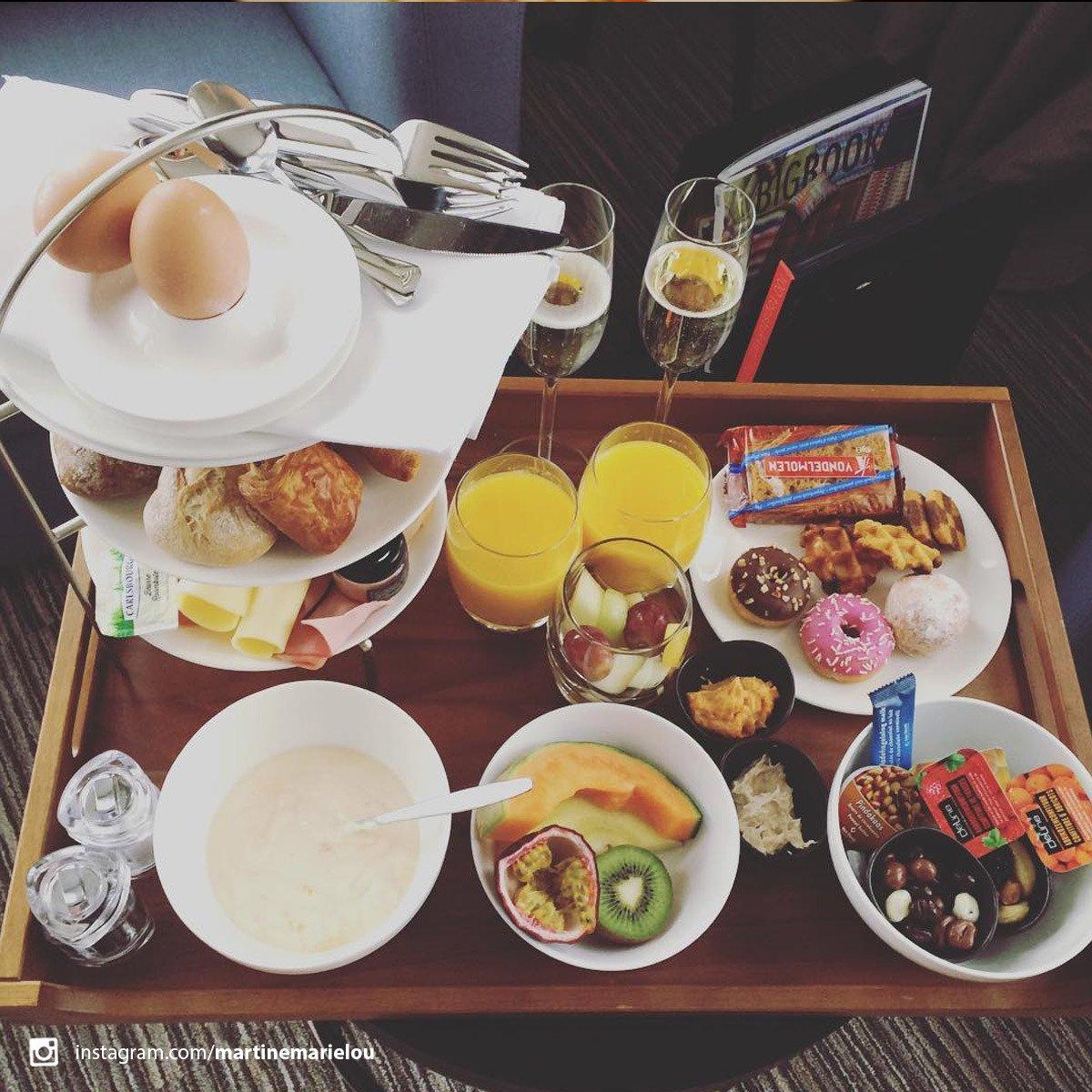 Different Hotels On Twitter Room Service Please Breakfast Terhillshotel Differenthotels Hotel Hotels Belgium Belgie Limburg
