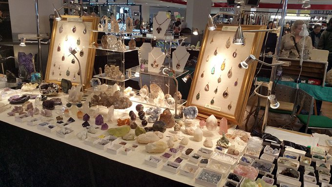 RT @RocknGemShows: NEW venues added to our show calendar @Hopfarm in July & @LymingtonHall in Aug https://t.co/twHnLvJ7nx #gemstones https:…