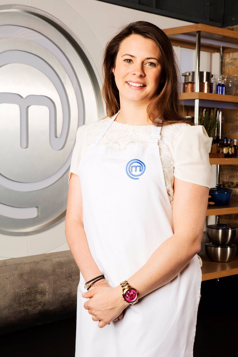 Super excited to be stepping into the kitchen @MasterChefUK for the celebrity edition this year https://t.co/2y14jRQTfG