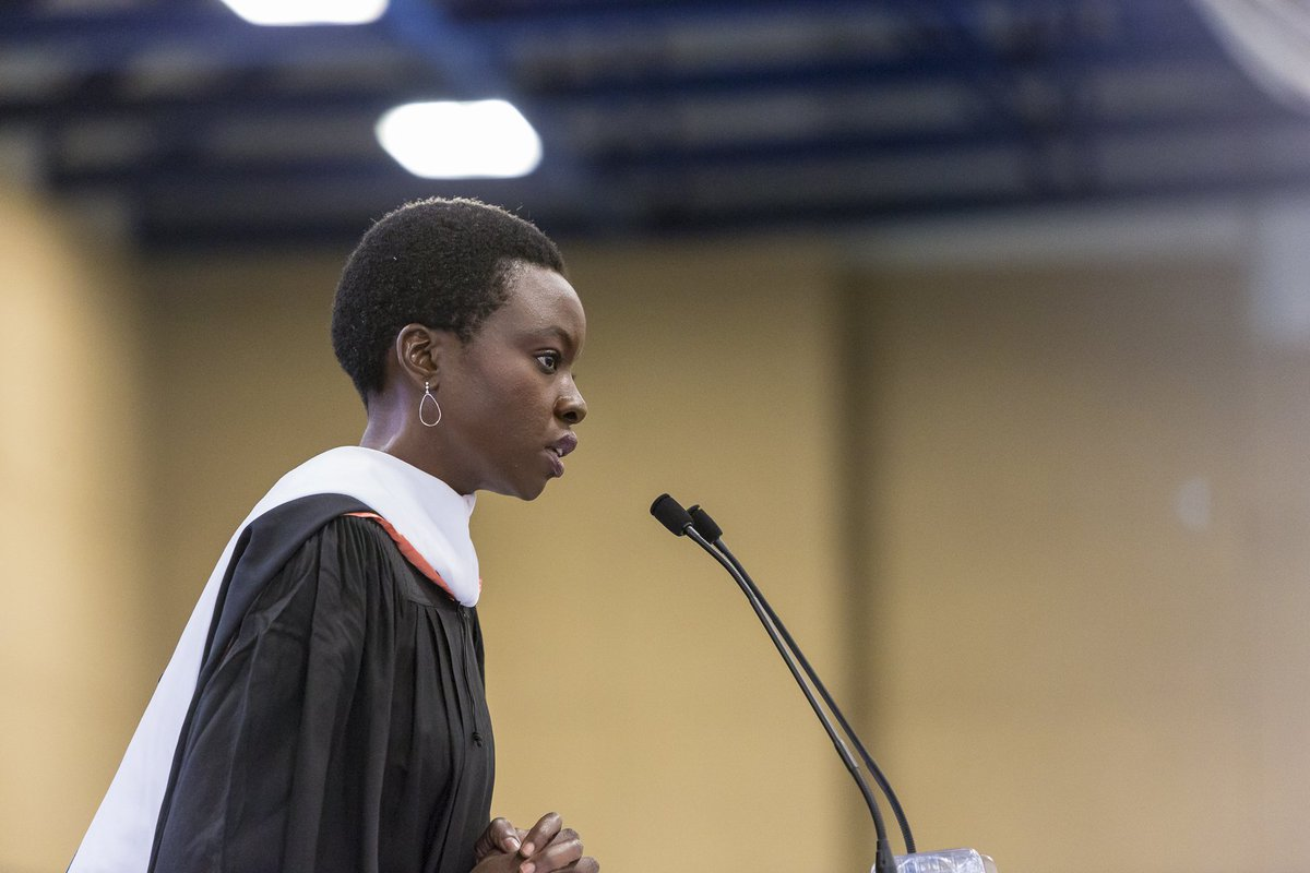 Thank you @DanaiGurira '01 for delivering a wonderful Commencement speech to the Macalester class of 2016. #heymac https://t.co/HoHizUeVJx