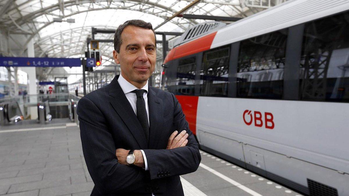 #Autriche > le nouveau chancelier social-démocrate Christian Kern a été investi par le chef de l'Etat