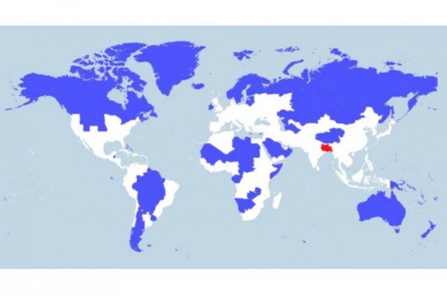 En la zona roja vive el 5% de la población mundial; en la azul, otro 5%. Y en la blanca, el 90% restante. #mapas https://t.co/VGRroFDipz