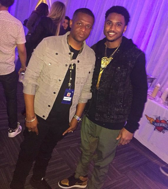 Keep them Real 1 Close! Salute My G @treysongz  He ripped down dat Rose Bowl Stage #Beyonce #FormationTour #DJNasty https://t.co/nEl5z1lGgz