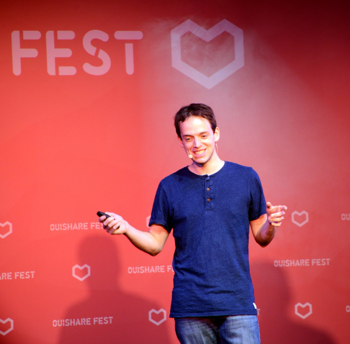 Former https://t.co/cyyvpYRSvM co-founder @xdamman advocates for next gen transparent startup communities. #OSFest16 https://t.co/JM0qrSiH7X