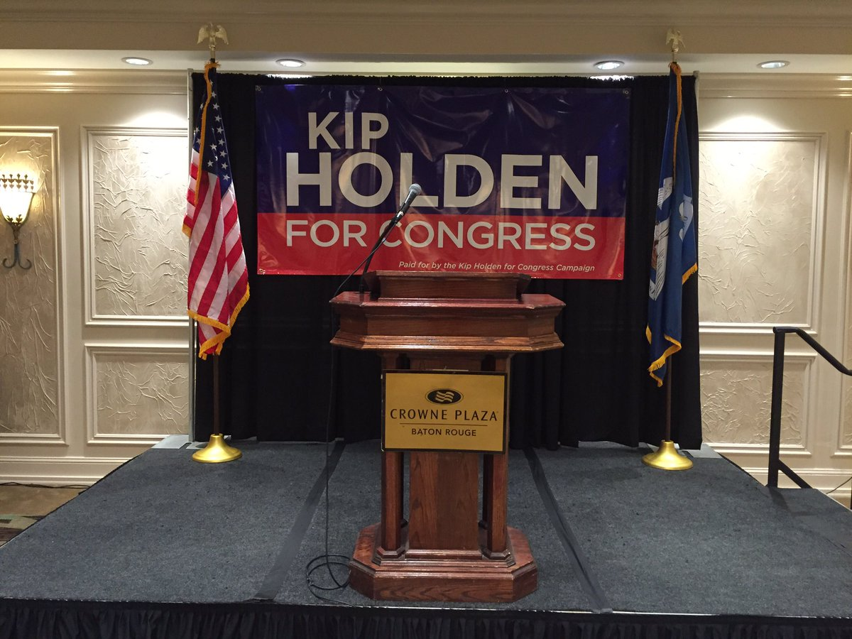 Getting ready for @MayorKipHolden announcement #kipforcongress https://t.co/WzsP1xgWYy