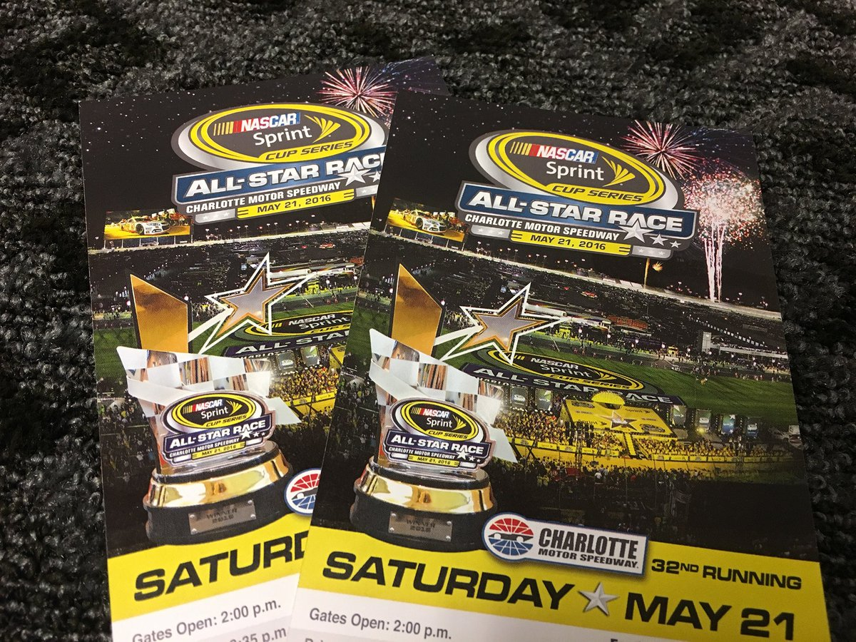 Retweet & Follow me to win a pair of tickets to the #SprintAllStar Race. 4 winners picked in 4 hrs. #WinItWednesday