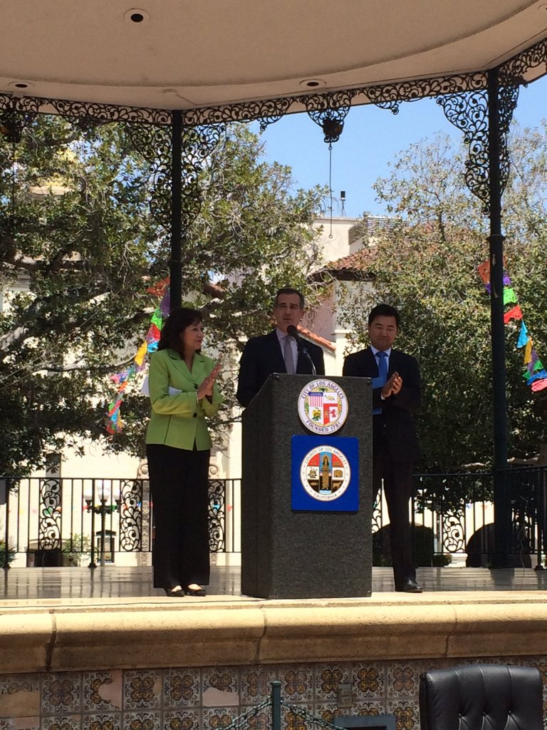 Thank you to @ericgarcetti for starting the press conference for the #PurposefulAgingLA Initiative!