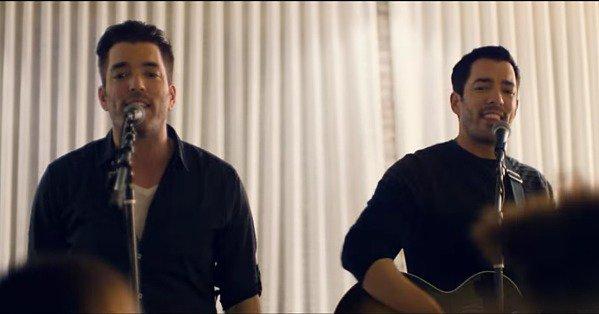 The Scott brothers just released their second music video  @MrDrewScott @MrSilverScott https://t.co/9QTd6HQHHe https://t.co/tiJIZhXj1f