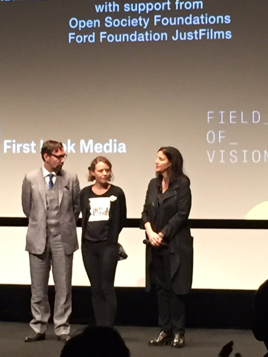 Wikileaks' Jacob Appelbaum & Sarah Harrison receive standing o. w/Laura Poitras after RISK screening at #Cannes. https://t.co/lrhlAYSca9