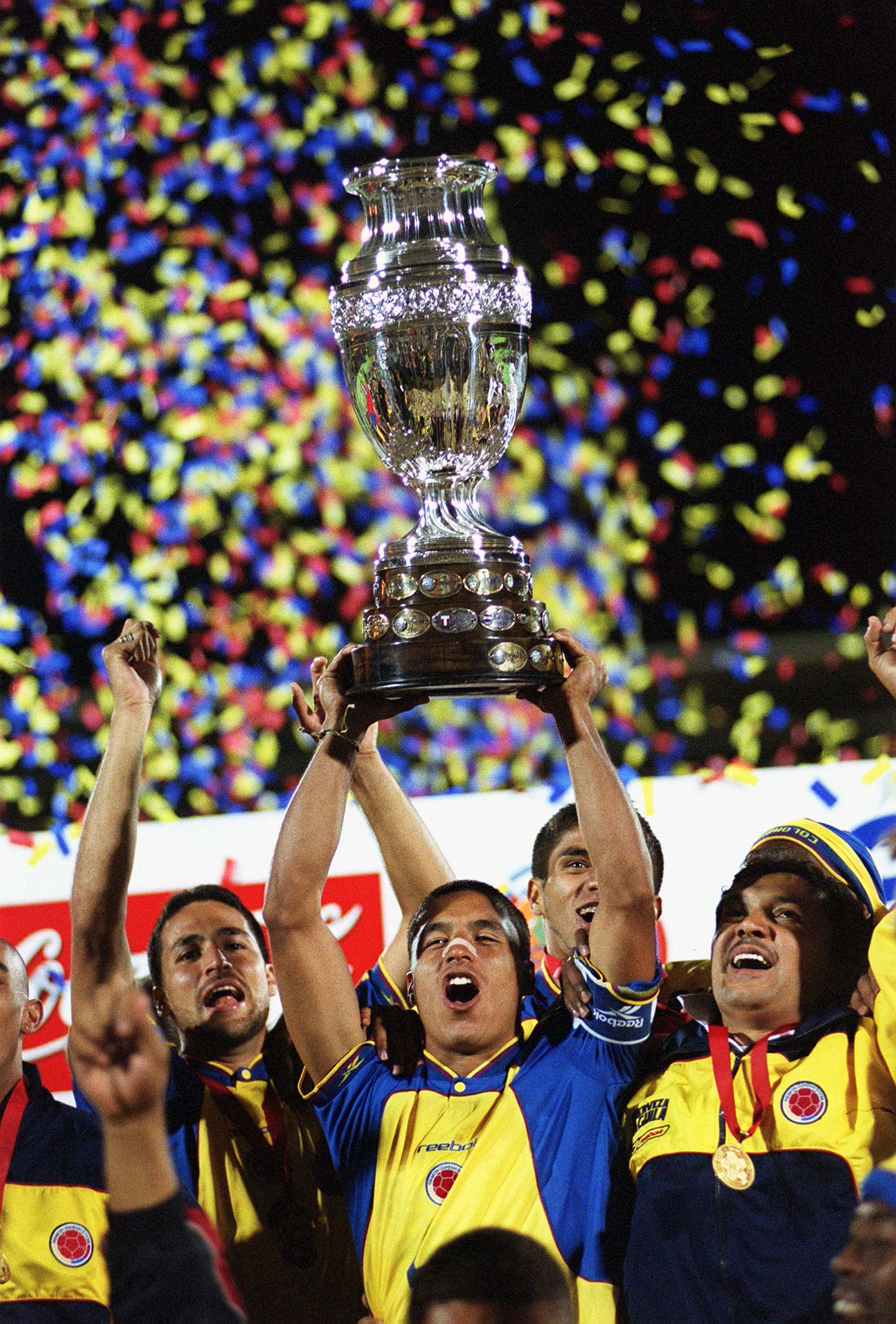 Image result for colombia campeon copa america 2001