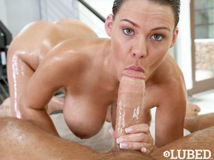 Peta Jensen Blowjob Absorbing Giving And Getting Pussyspace 1