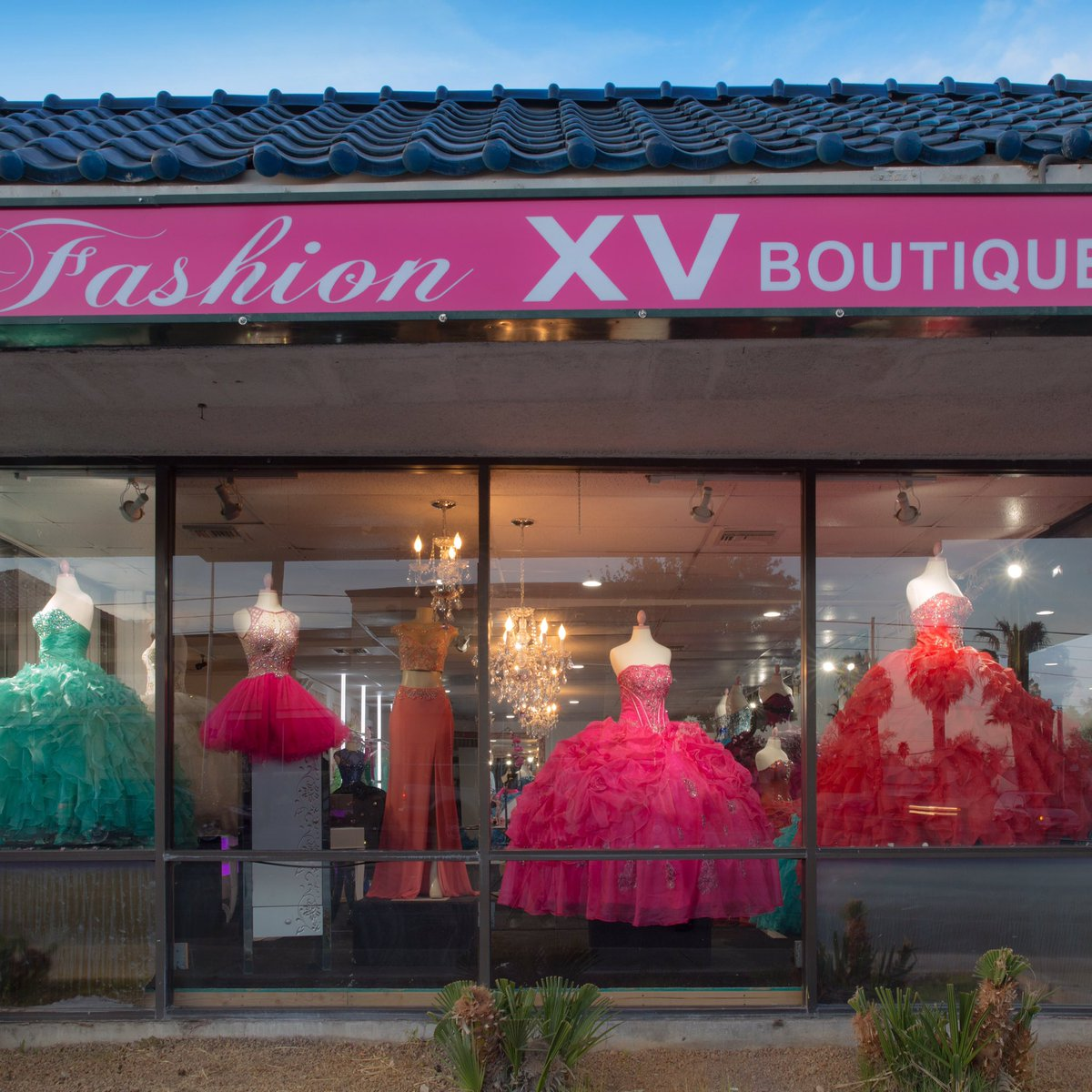 Fashion XV Boutique (@fashionxvbtq)
