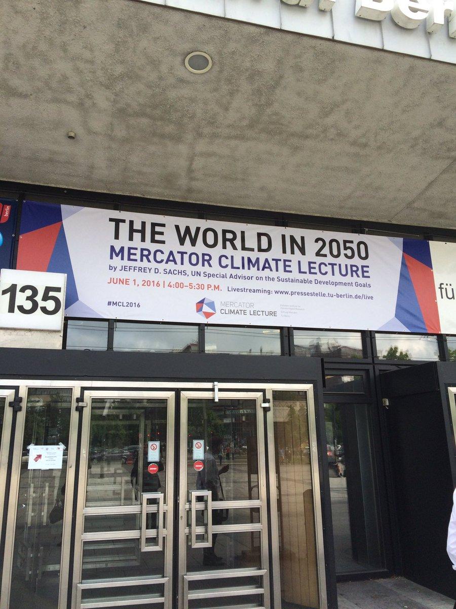 Gerade angekommen @TUBerlin #MCL2016 https://t.co/Io4sgGmA50