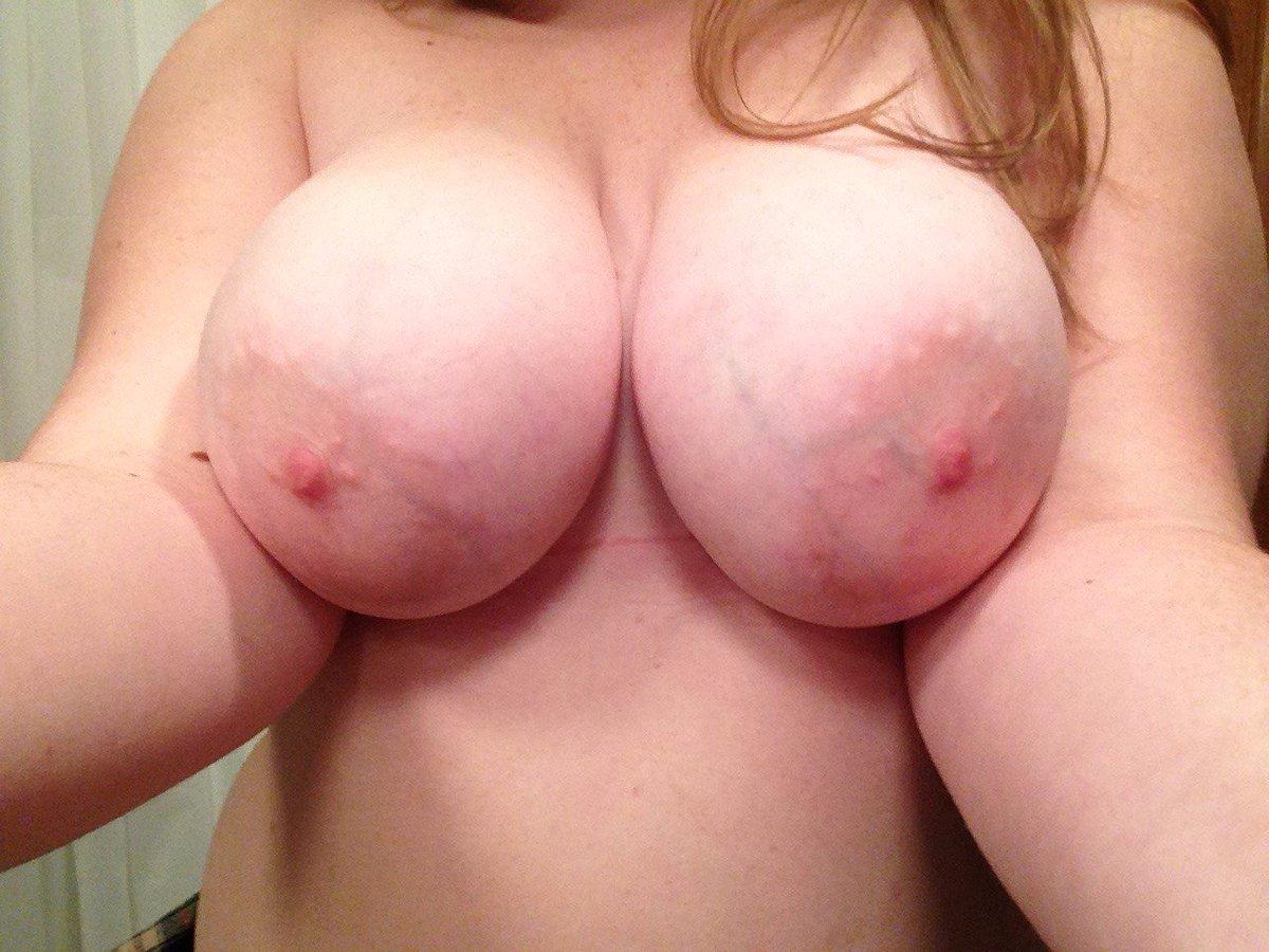 Nude Selfie 5883