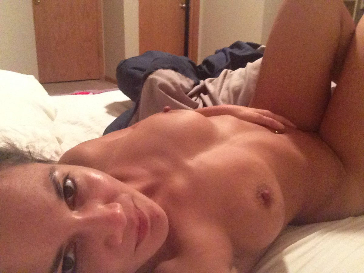 Nude Selfie 5903
