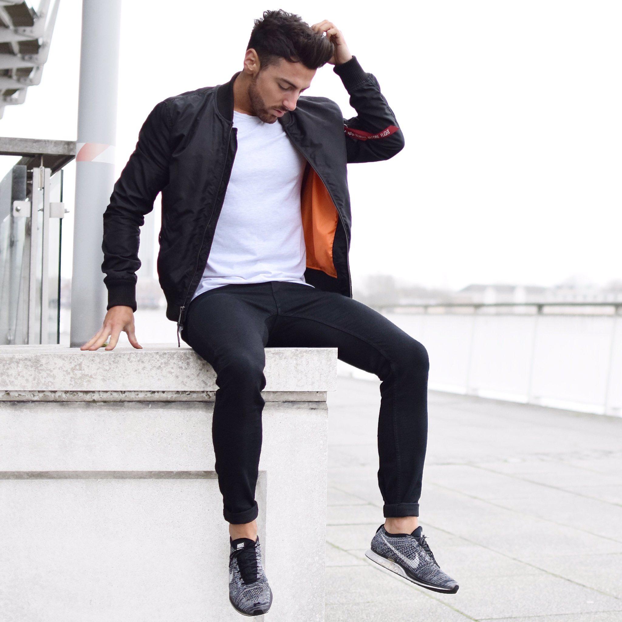 rowan row on twitter remove before flight bomber jacket rowanrow fashionista fashion. Black Bedroom Furniture Sets. Home Design Ideas