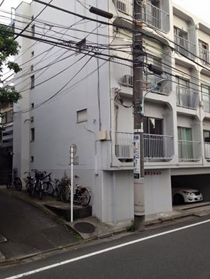 東京23区のアパートは、なぜ3分の1が空き家なのか? https://t.co/rIvTOTZaVn https://t.co/YGmVRJyi3i