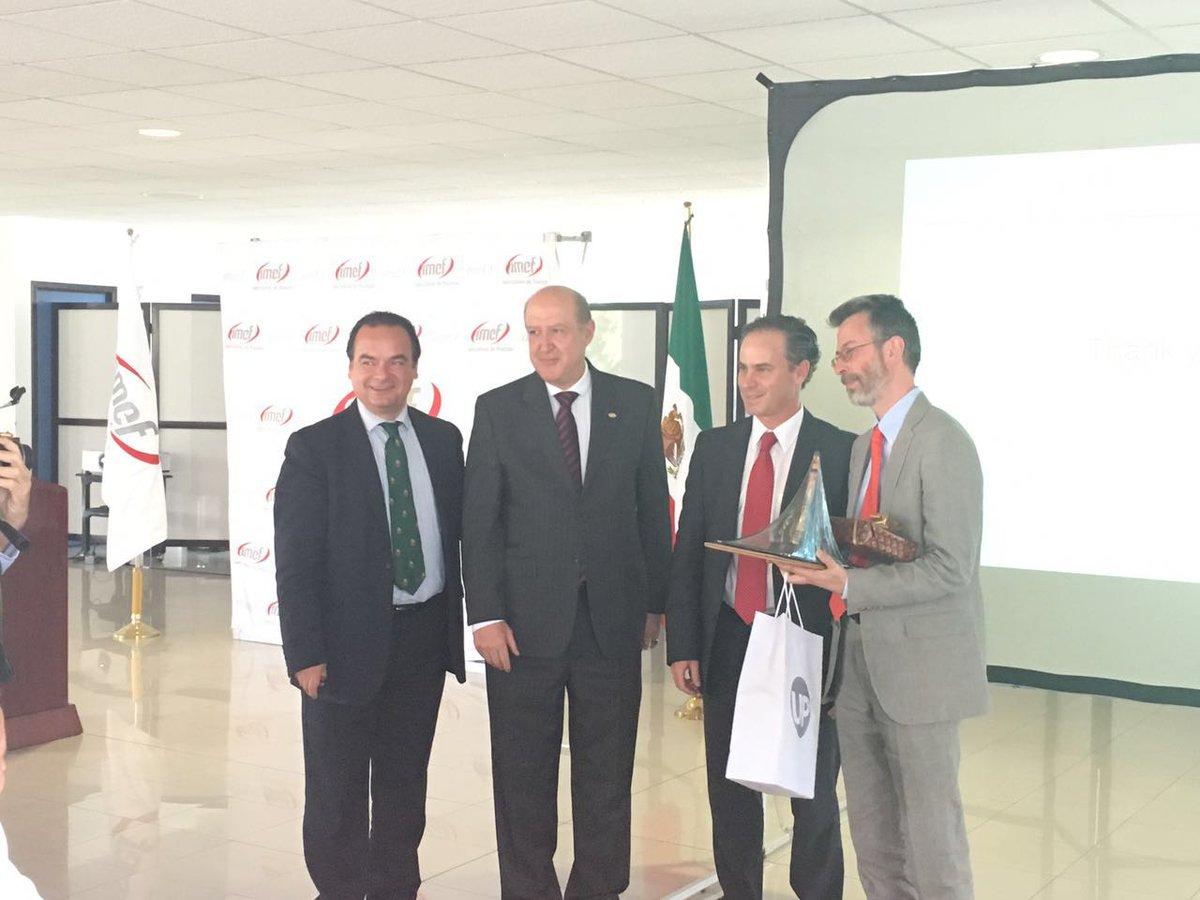 Agradeciendo al Dr. Giorgio Topa, Vicepresidente de @federalreserve su participación en @imefoficial @imef_gdl https://t.co/WEr8EZlm7L