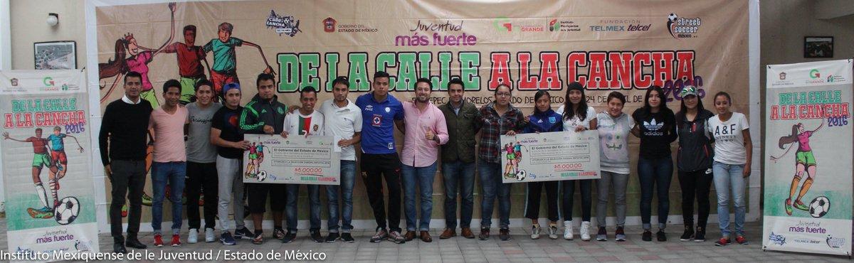 Fomentar el deporte entre la juventud, reconocimiento a ganadores #DeLaCallealaCancha2016 ¡Felicidades Campeones!⚽