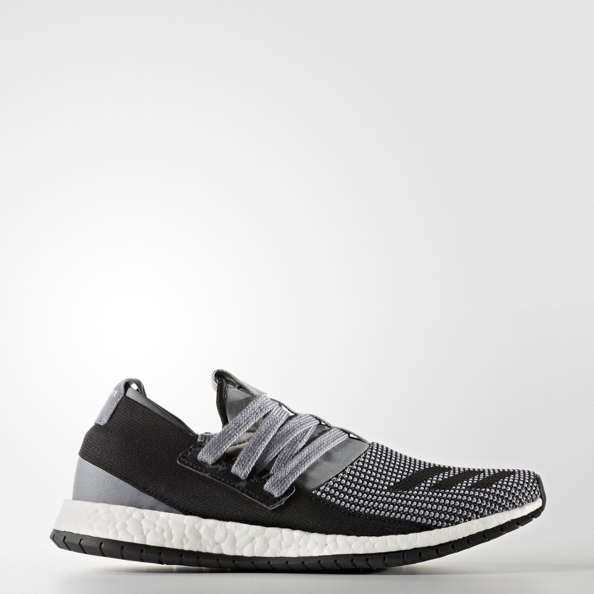 Cancelo #adidas pure boost r no Twitter