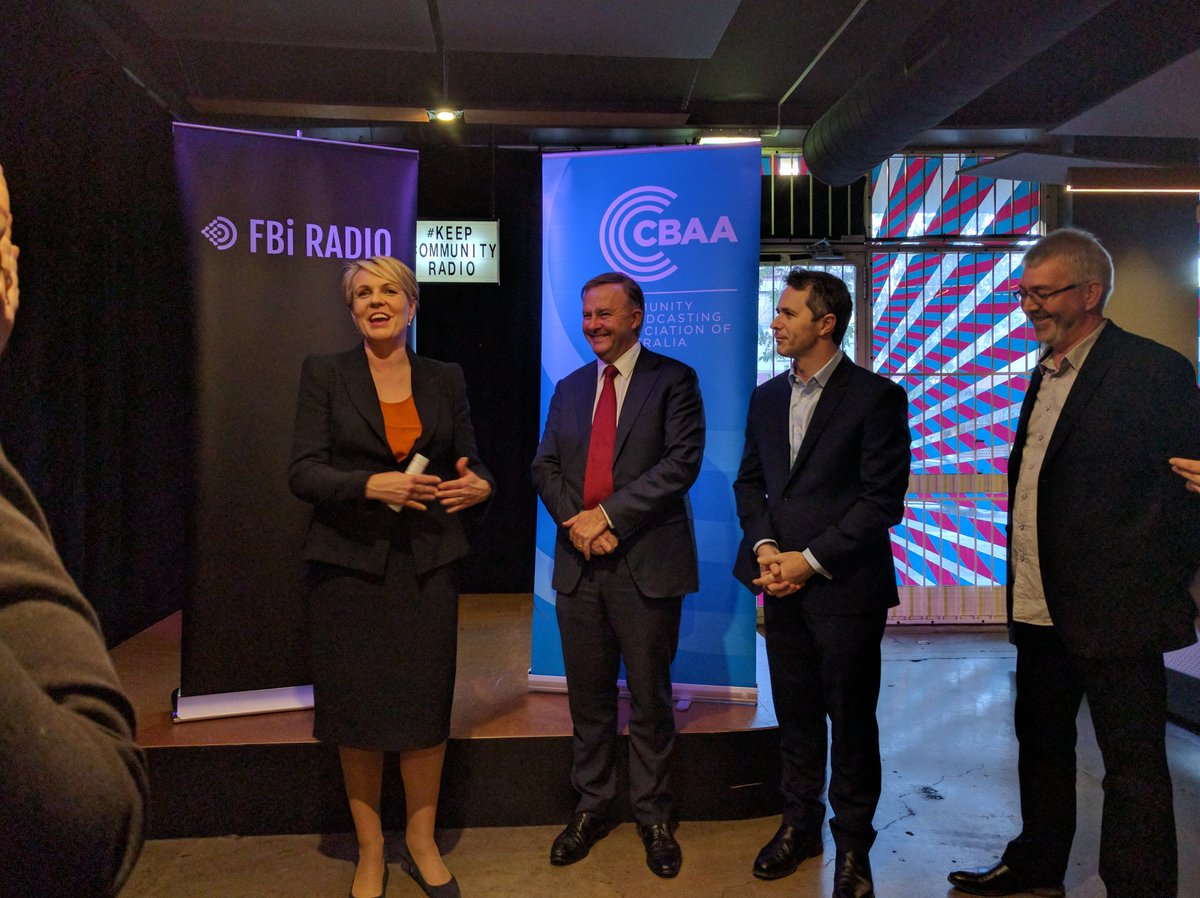 Breaking #keepcommunityradio news: @AustralianLabor vow to restore community radio funding for digital if elected https://t.co/WnQA7wOPAA