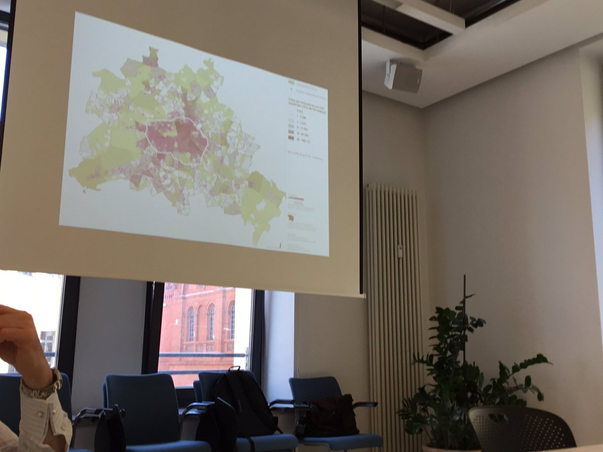 Mapping the creative economy in #Berlin - creative businesses make up 16% of the city's economy @AresK10 #ipmberlin https://t.co/F6zkwQOdpD