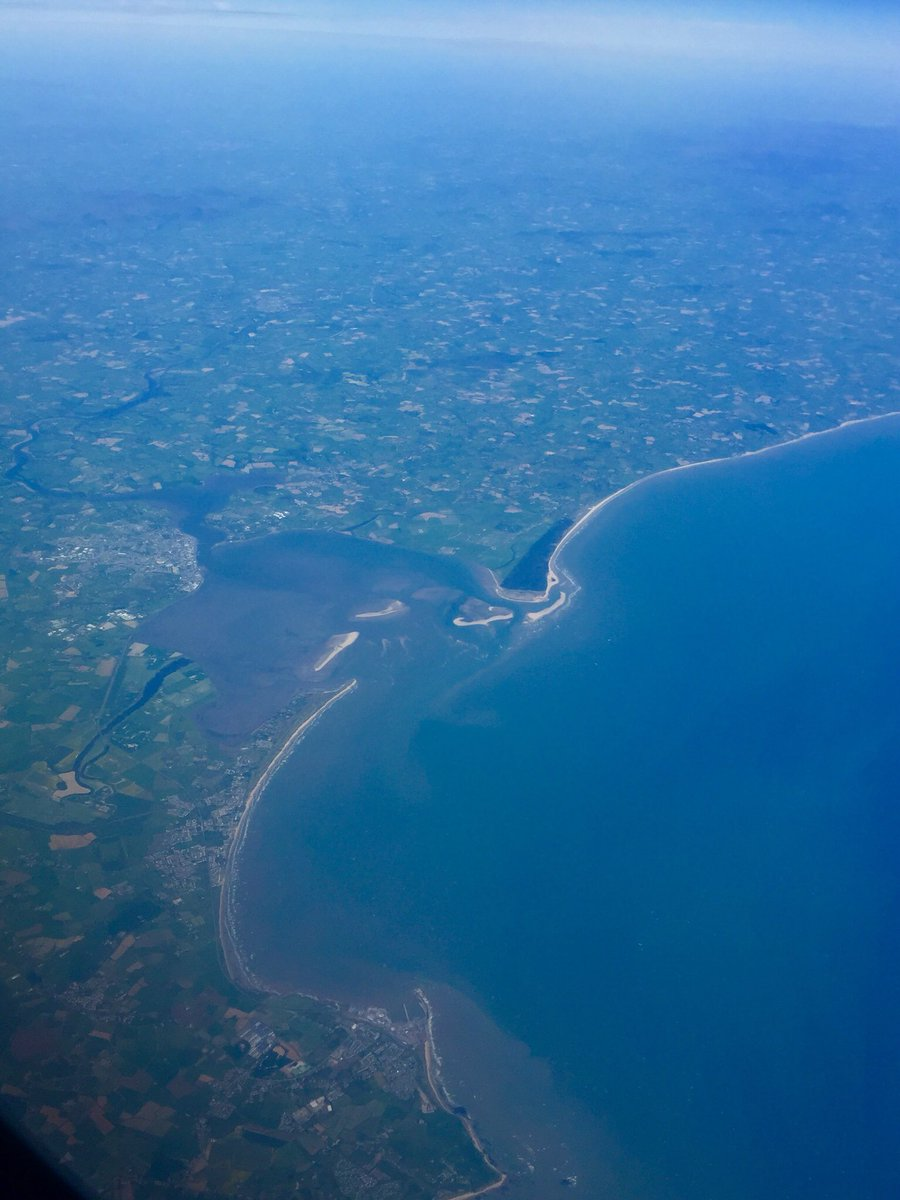 Flew over #Wexford a while ago en rout from the US to London. You're lookin pretty sweet!!! https://t.co/Z64nWAFKUz