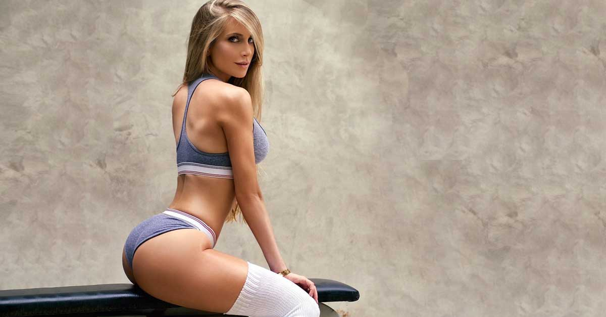 Instagram star amanda lee shares her favorite butt ...