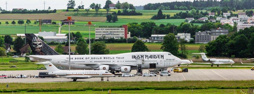C4h10fo2p On Twitter Iron Maiden S Jumbo Versus Iron Merkel
