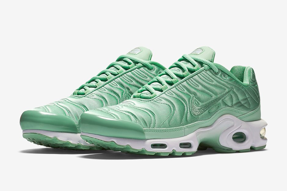 release date: 5904a 1be3f nike tn turquoise