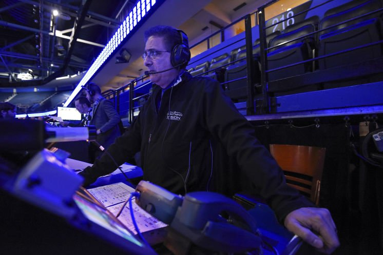 The wizards behind the Tampa Bay Lightning's pre-game show made the 2016 season memorable