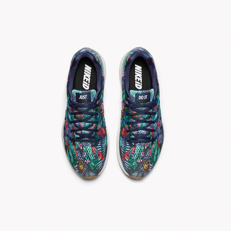 eaab09313229 ... Customize your Nike Air Zoom Pegasus 33 with a Floral Solstice graphic
