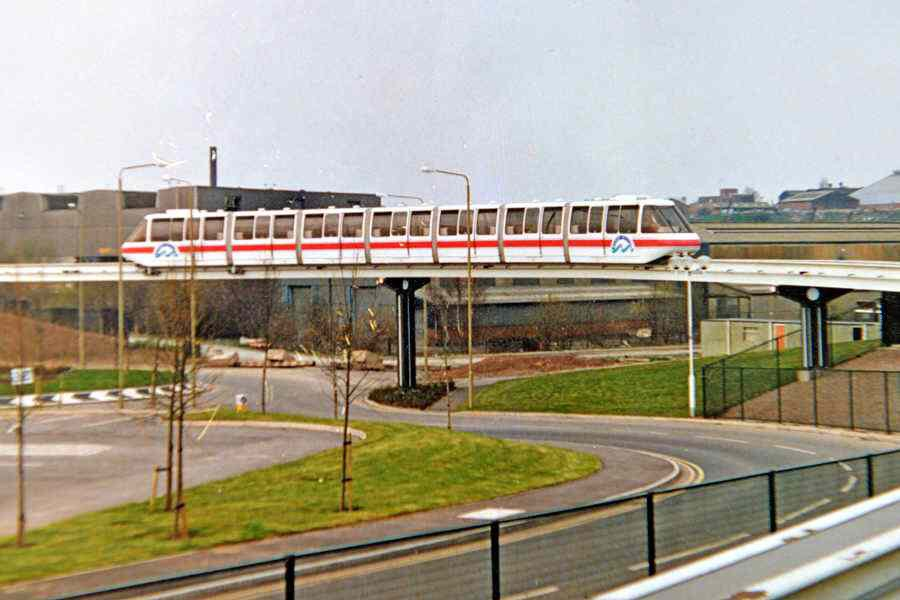 Cj9nrs4WEAA9NM5 - Monorails in the UK