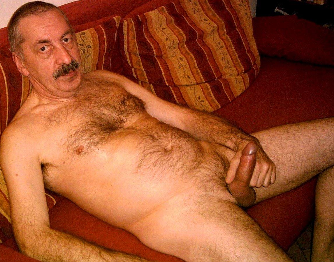 Старый дед голый, Порно Старые с молодыми -видео. Смотреть порно 23 фотография