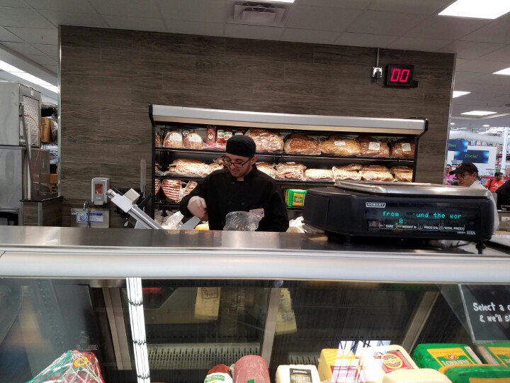 Rt Sn Springer New Prototype Sam S Club Debuts Mive Service Meat Deli Focus On Quality Shares